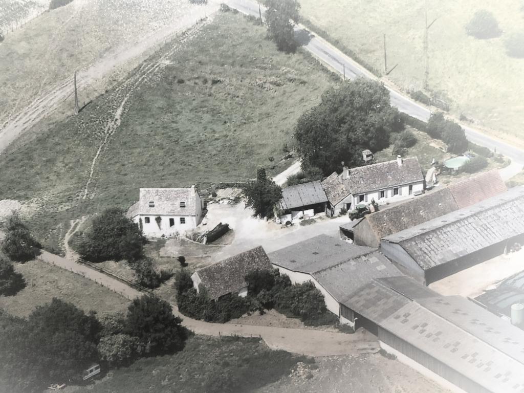 Vue aérienne du Gîte et de la ferme des patis prise par drone
